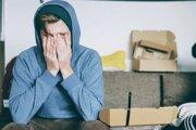 Záchvat paniky môže vzniknúť pre nahromadený stres.