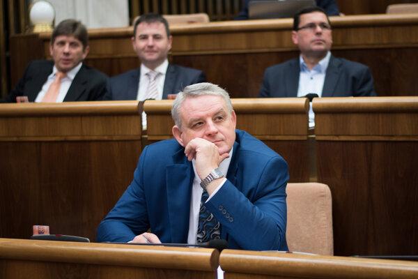 Poslanec NR SR za stranu SMER - SD Michal Bagačka.