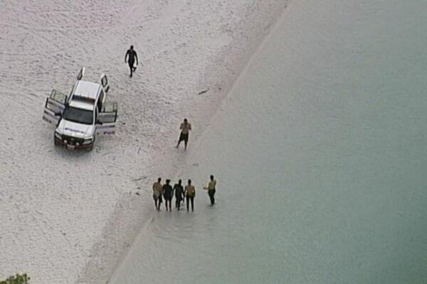 Zásah záchranných zložiek pri pátraní po dvoch japonských chlapcoch v jazere McKenzie.