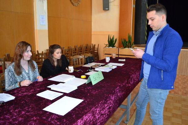 V okrsku číslo 14 očakávajú vyššiu volebnú účasť ako v prvom kole.