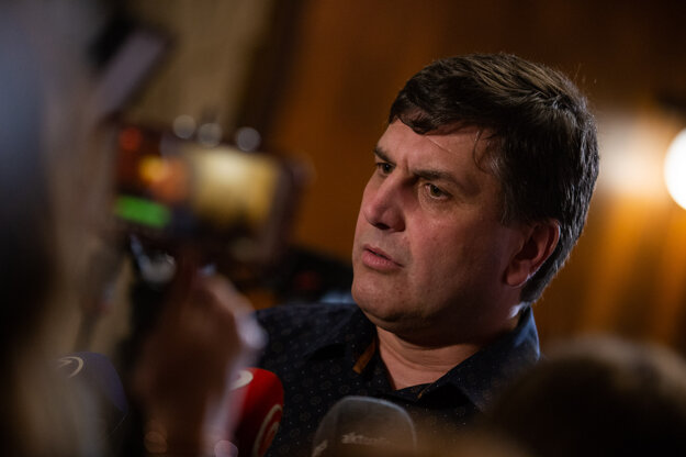 Branislav Ondruš prišiel do štábu podporiť Maroša Šefčoviča.