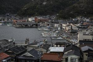Mesto Nagato leží na západnej strane hlavného japonského ostrova Honšú, asi 40 kilometrov severovýchodne od Šimonoseki.