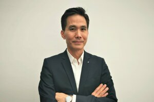 Anthony Lo, Hlavný dizajnér exteriéru Renaultov