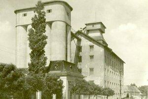 Historický záber na mlyn.