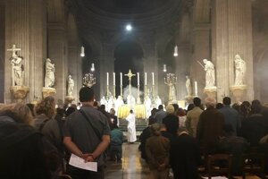 Veľkonočná vigília v chráme Saint Sulpice