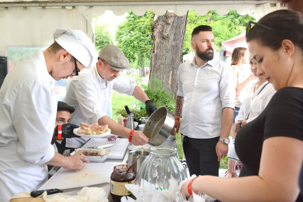 Gurmán Fest rozdelil pamiatkarov, organizátorov aj mestských poslancov.