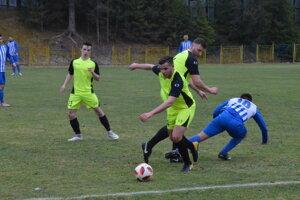 Až v treťom jarnom majstráku sa konečne futbalistom Rudnian podarilo zabodovať naplno, po víťazstve 3:1 nad Petrovcami nad Laborcom.