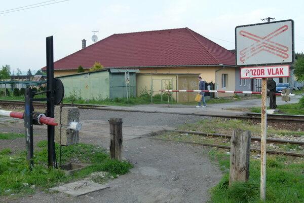 Staré železničné priecestie na Ul. M. Kukučína je zatvorené.