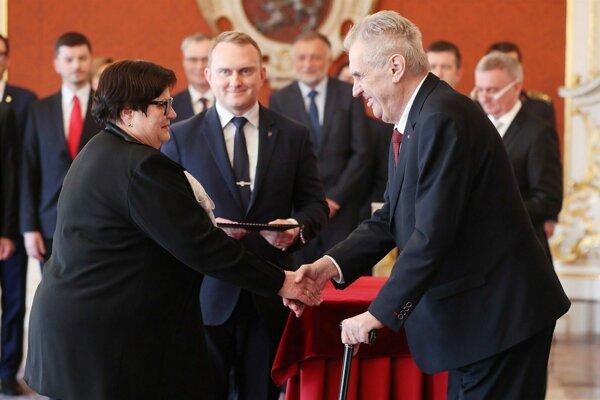 Prezident Miloš Zeman menoval novú ministerku.