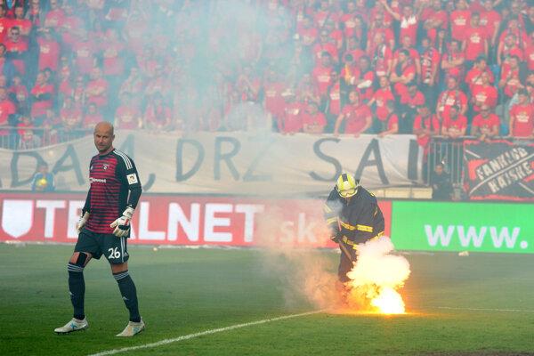 Momentka zo zápasu Trnava - Žilina vo finále Slovnaft Cupu 2018/2019 v Nitre.