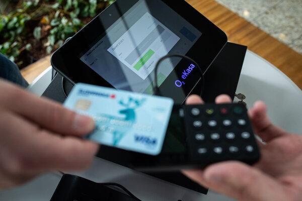 Platba kartou na O2 eKase.