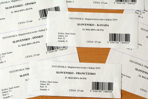 Falošné vstupenky. Chýbajú im viaceré ochranné prvky a stoja podozrivo málo, iba 25 eur.