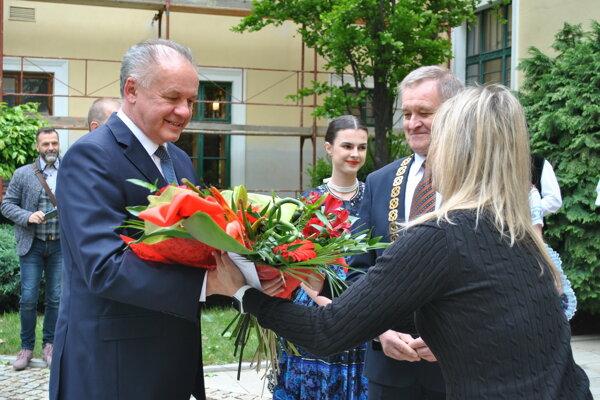 V Župnom dome diskutoval prezident s predsedom Nitrianskeho samosprávneho kraja Milanom Belicom.