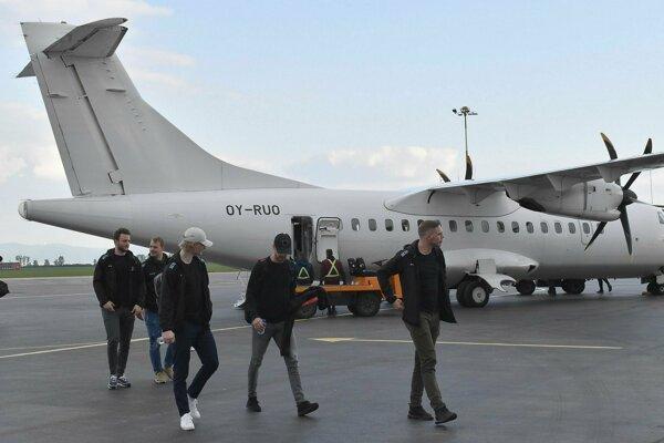 Dáni prileteli z Kodane.