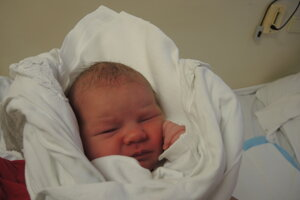 Nela Bohušová (3470 g, 49cm)  sa narodila 2.mája Daniele a Martinovi zo Soblahova.