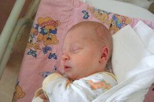 Lenka Mozolová (2760 g, 46 cm) sa narodila 28. apríla Lenke a Jánovi z Rybian.