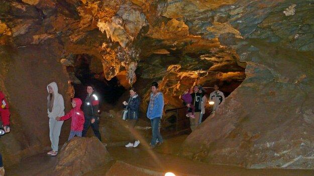 V Ochtinskej aragonitovej jaskyni.