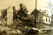 Handlovský zosuv pôdy vroku 1960 pripravil tisíc ľudí odomy.