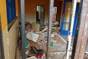 Pohľad na súčasný stav školy vzbudzuje rozčarovanie.