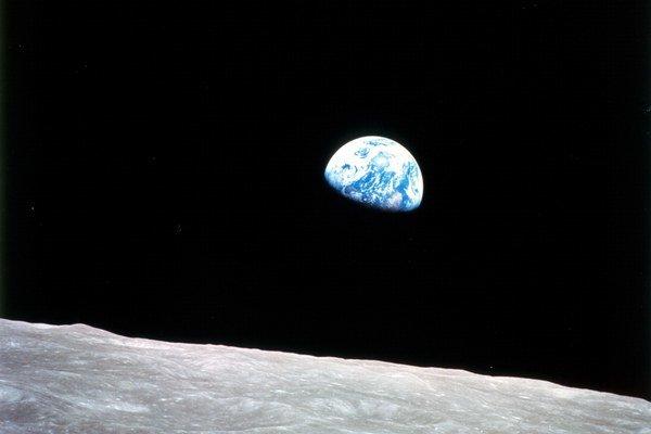 Ľudia môžu svojou činnosťou zmeniť podmienky života na Zemi.