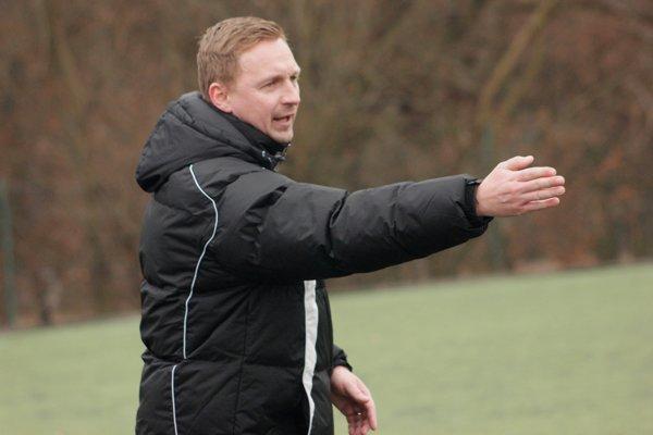 Tréner Baníkov Peter Černák.