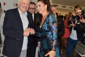 Minulý rok ocenená Zuzana Mauréry s prezidentom Art Film Festu Milanom Lasicom.