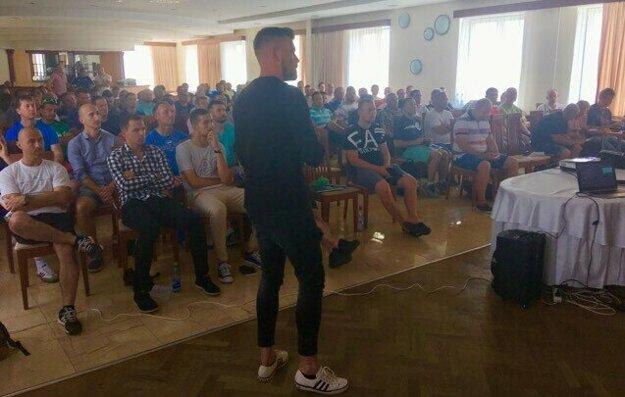 Trénerom prednášal aj Roman Hudec.