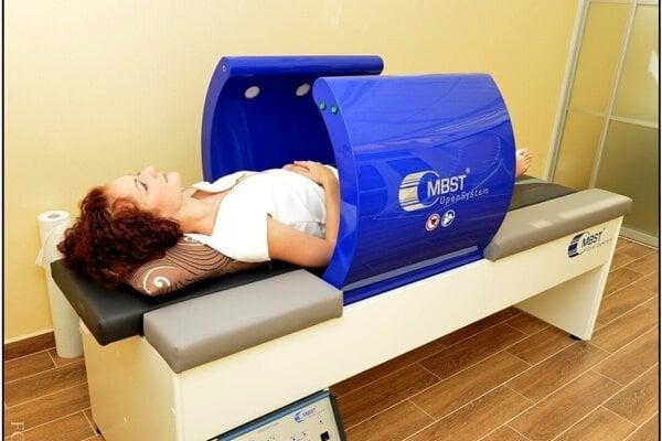 Vo Švajčiarsku a Nemecku sa metóda úspešne využíva a neustále zdokonaľuje na špičkových klinikách už viac ako 23 rokov s 80 percentnou úspešnosťou. Na Slovensku ju poskytujú v zariadení Sun Medical centre v Leviciach.