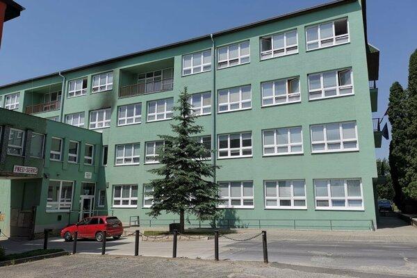 SOŠ na Markušovsekj ceste mala prijať 30 žiakov na odbor automechanik, podľa kvót prijme iba 8.