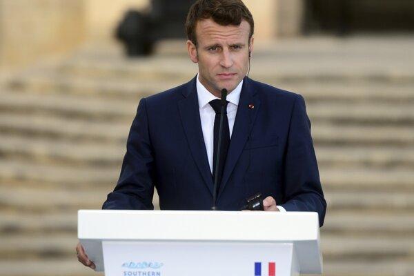 Emmanuel Macron vo Vallette.