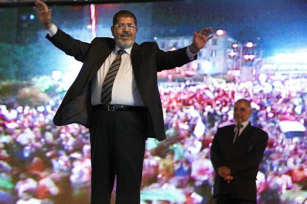 Mursí v roku 2012, keď vyhral voľby. Vtedy bol na vrchole.