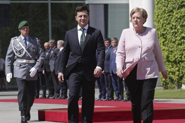 Zelenskyj a Merkelová.