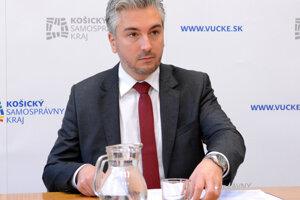 Dotovali sme ju na úkor iných škôl, tvrdí o Polárnej župan Trnka.