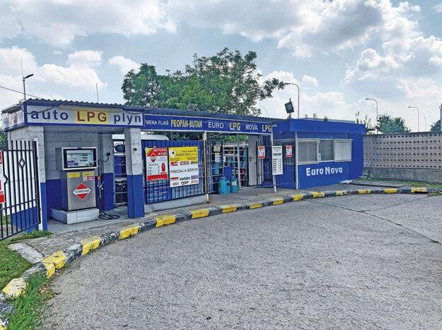 Takto vyzerá čerpacia stanica Euro Nova v súčasnosti..