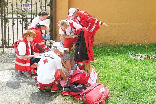Družstvo námestovských gymnazistov na súťaži.