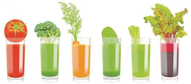 Na jarný detox sú dobré džúsy. Môžu byť aj zelené.