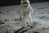 Kennedy sa toho nedožil. Ako vyzerala misia na Mesiac? (foto)