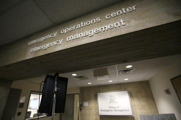 Pacient je v karanténe v nemocnici v Dallase.