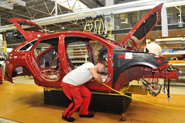 Montáž nového modelu Kia ProCeed na výrobnej linke spoločnosti Kia Motors Slovakia v Tepličke nad Váhom.