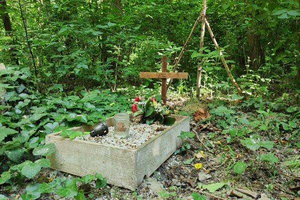 ilustračné foto: Krematórium by znížilo počet nelegálnych hrobov na verejných miestach.