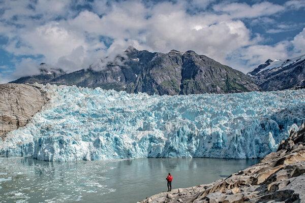 Pohľad na ľadovec LeConte na Aljaške.