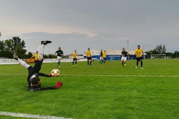 Futbalisti Sabinova zdolali doma na úvod Kračúnovce rozdielom triedy.