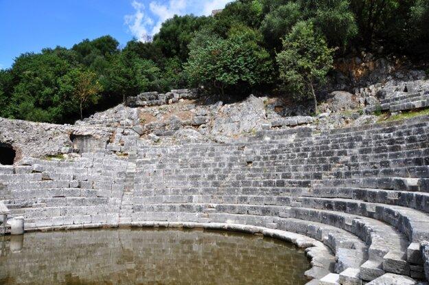 Amfiteáter v meste Butrint
