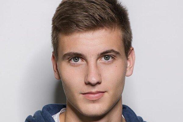 Denis Tkáčik, hráč TJ Družstevníku Bitarová.