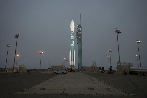 Orbiting Carbon Observatory-2 pripravujú na štart.