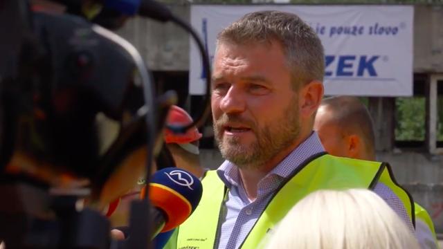 Premiér Pellegrini nechce Tibora Gašpara na kandidátke Smeru