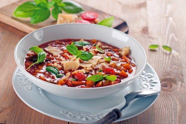 Fazuľová polievka s tofu.