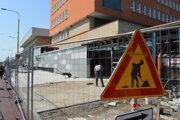 Oprava predstaničného priestoru si vyžiadala navýšenie peňazí.