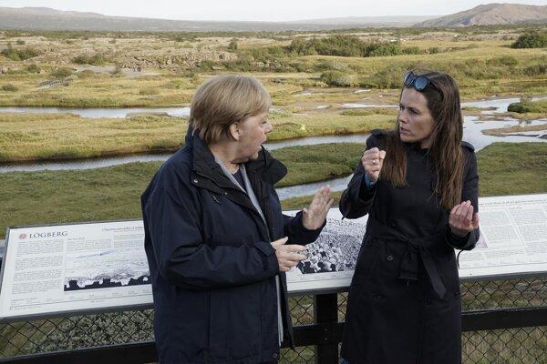 Nemecká kancelárka Angela Merkelová a islandská premiérka Katrín Jakobsdóttirová.