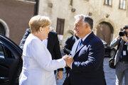 Stretnutie nemeckej kancelárky Angely Merkelovej a maďarského predsedu vlády Viktora Orbána v Soprone pri príležitosti 30. výročia dočasného otvorenia hraníc s Rakúskom počas komunistickej éry Maďarska.
